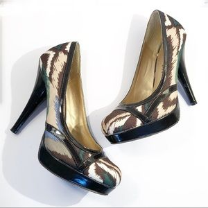 Steve Madden • Brown Patent Leather & Fabric Heels